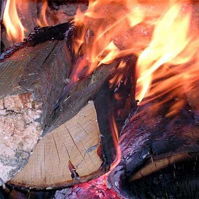 Достоинства и недостатки дровяных печей для бани