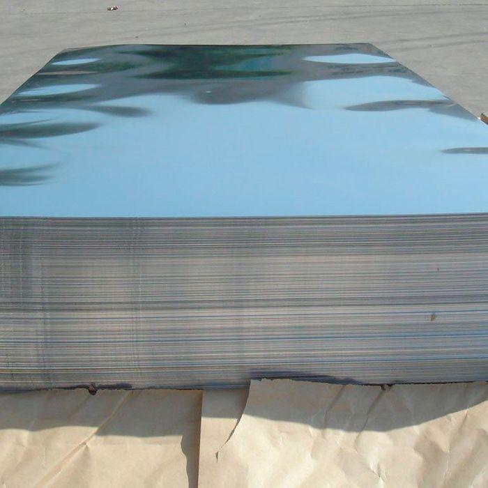 Лист из нержавеющей стали зеркальный 1Х2 м